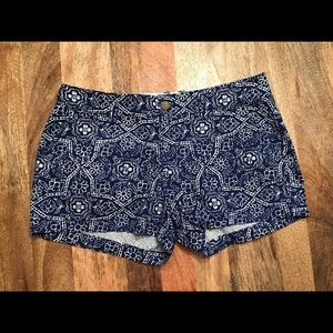 Old Navy Blue and White Floral Print Shorts